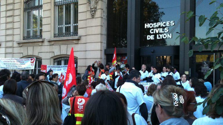 infirmière grève HCL