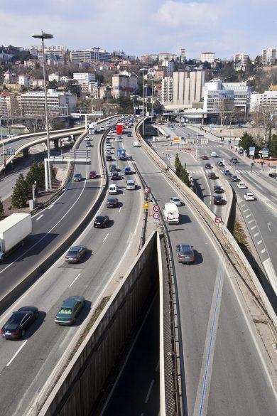 Lyon   deux personnes de 20 ans décédées dans un accident de la route c430426323c0