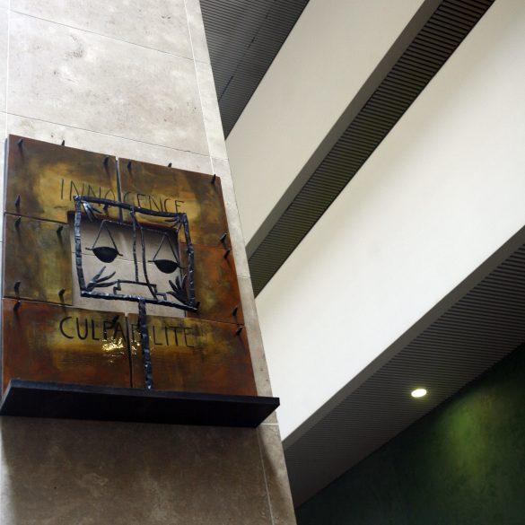 Palais de justice de Lyon - Balance