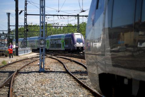 SNCF rails TER