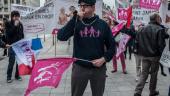 Manif-contre-le-mariage-pour-tous-a-l-occasion-de-l-ouverture-des-debats-au-Senat_image-gauche