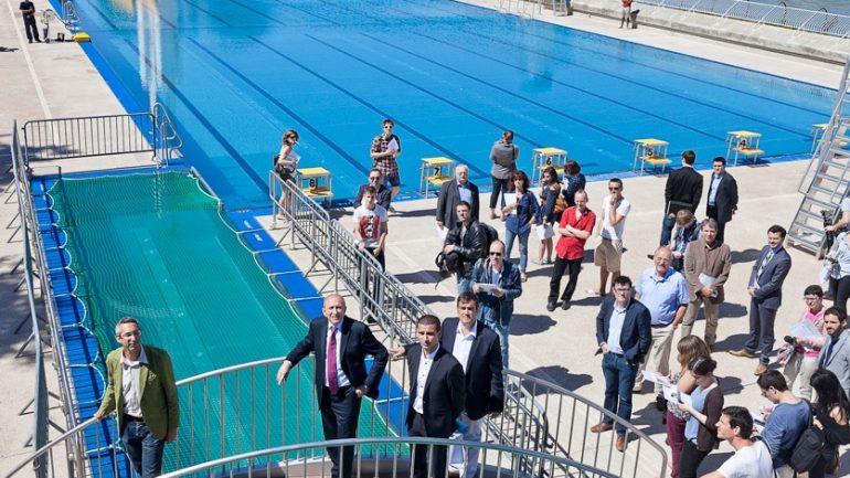 piscine du Rhône sud avec élus