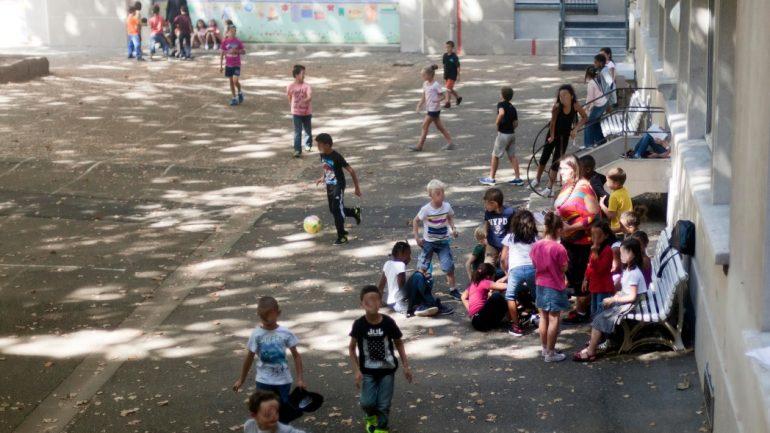Les enfants de l'école Paul Painlevé pendant les activités