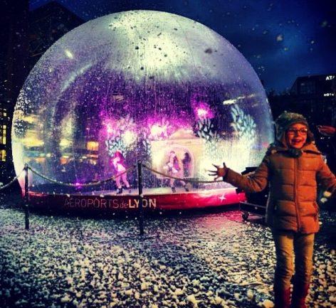 La boule de neige place de Fly'on Tour