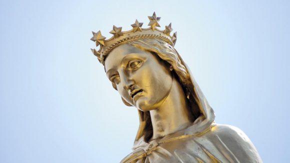 Vue de Lyon statue Vierge Fourvière