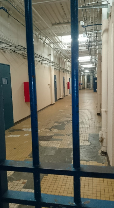 Prison De La Sant 233 Ou La R 233 Novation D Un Lieu D Ombre