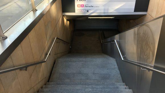 Grève TCL station métro A
