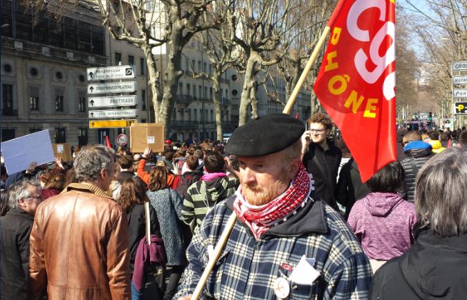 Manifestant CGT El-Khomri