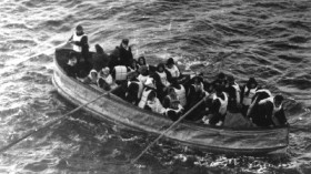Canot Titanic (ne pas réutiliser la photo)
