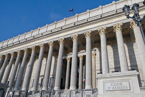 Cour d'assises du Rhône 24 Colonnes