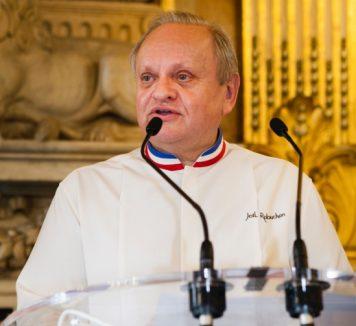 Le chef Joël Robuchon en 2016 © Tim Douet