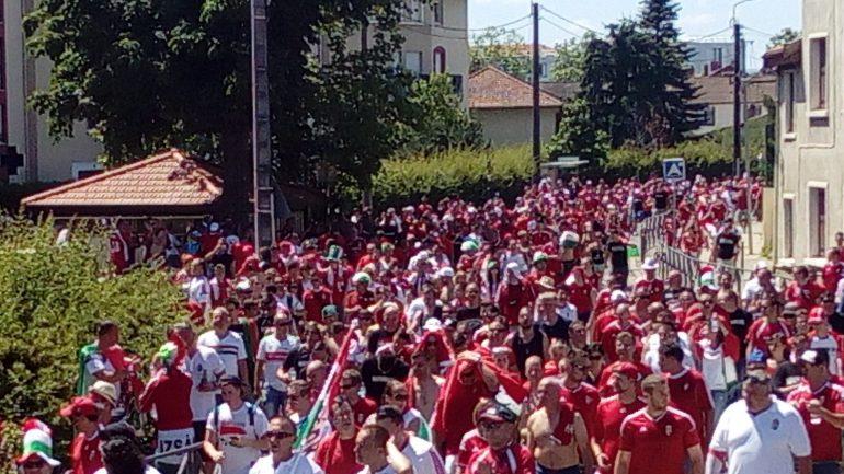 Défilé supporters hongrois euro 2016