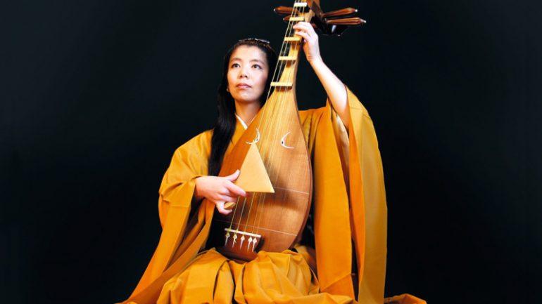 Junko Ueda (joueuse de biwa)