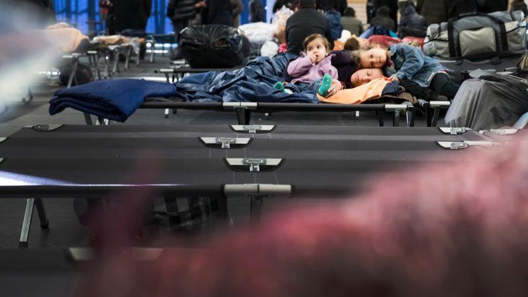 Réfugiés Albanais plan grand froid © Tim Douet