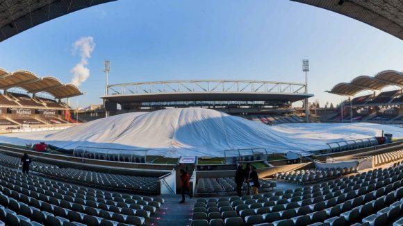 stade Gerland LOU bache tribunes