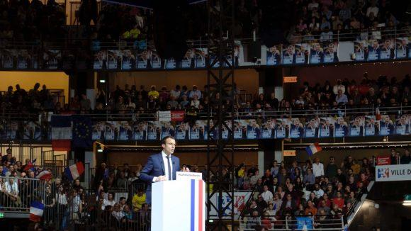 Emmanuel Macron Gerland tribune