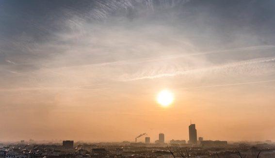 Pollution Lyon lever jour © Tim