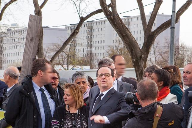 Francois Hollande Vaulx en Velin