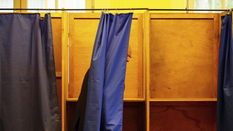 élection vote isoloir