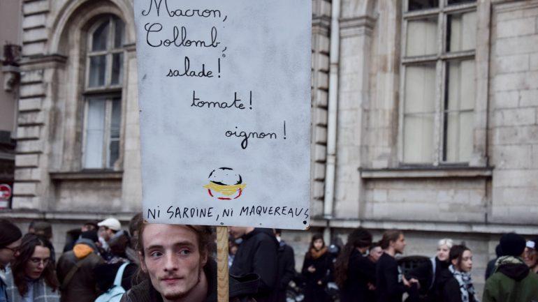 Manifestation extrême gauche place des Terreaux