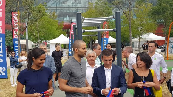 Yann Cucherat en compagnie de Tony Parker lors du lancement de l'application enform@Lyon