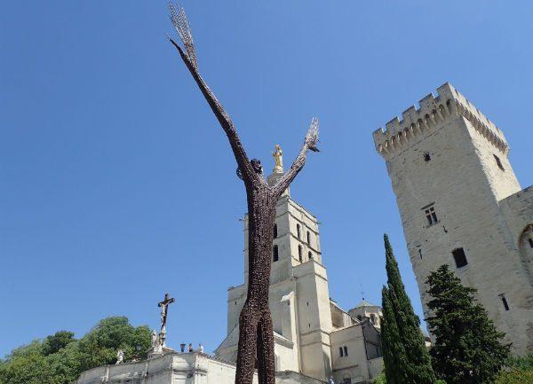 Ndary Lo sculpture Avignon