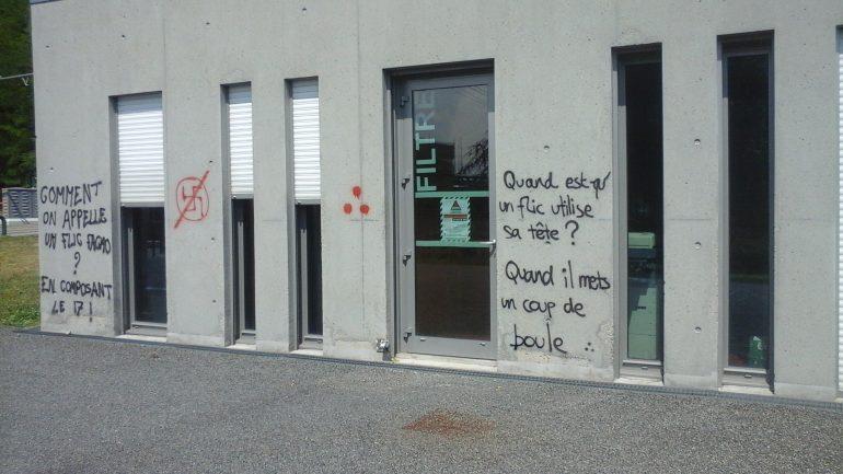 Tag anti police Lyon 2