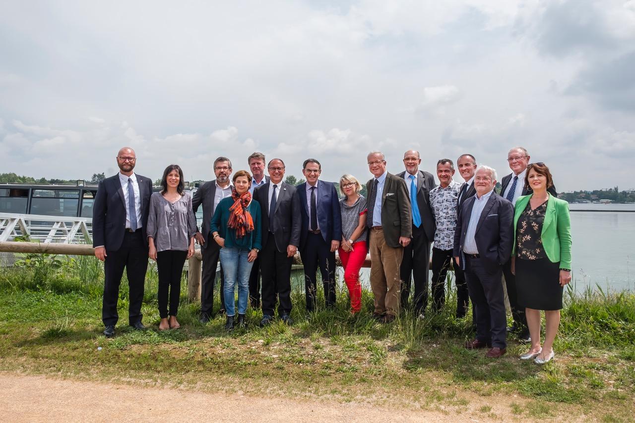 Elus du Grand Lyon et du conseil départemental de l'Ain au Grand Parc Miribel-Jonage le 23mai 2018 © Tim Douet