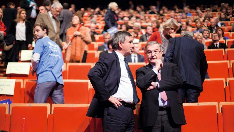 Michel Mercier avec son successeur au conseil départemental, Christophe Guilloteau, lors d'un meeting en 2015 © Tim Douet