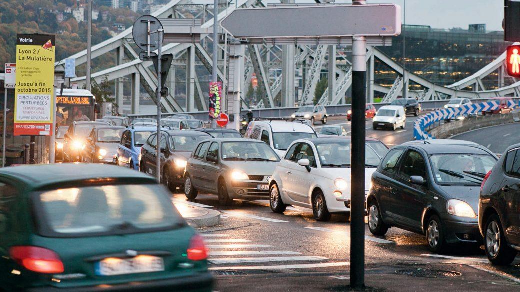 Fin du diesel en 2026, la Métropole de Lyon veut rassurer les acteurs économiques ce lundi  