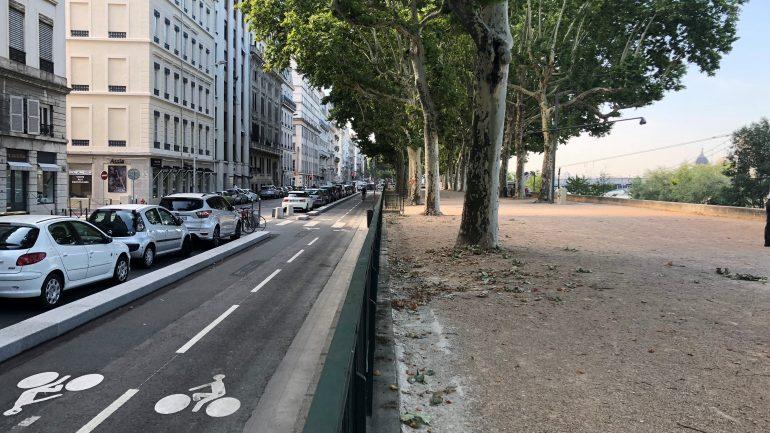 Lyon Le Quai Sarrail Vitrine Du Plan Velo De La Metropole