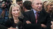 Caroline et Gérard Collomb, dans les salons de la préfecture, en mars 2014 © Tim Douet