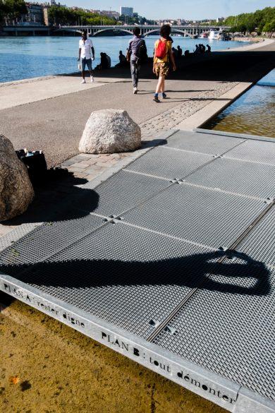 Intervention de Petite Poissone sur les quais du Rhône – Lyon, juillet 2018 © Tim Douet
