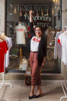 Gabriela Ortiz devant sa boutique, Leonor Roversi © Tim Douet