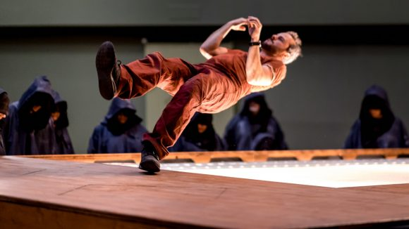 "Tournage de ""Fugue VR"" – Yoann Bourgeois © Romain Tissot / Maison de la danse"