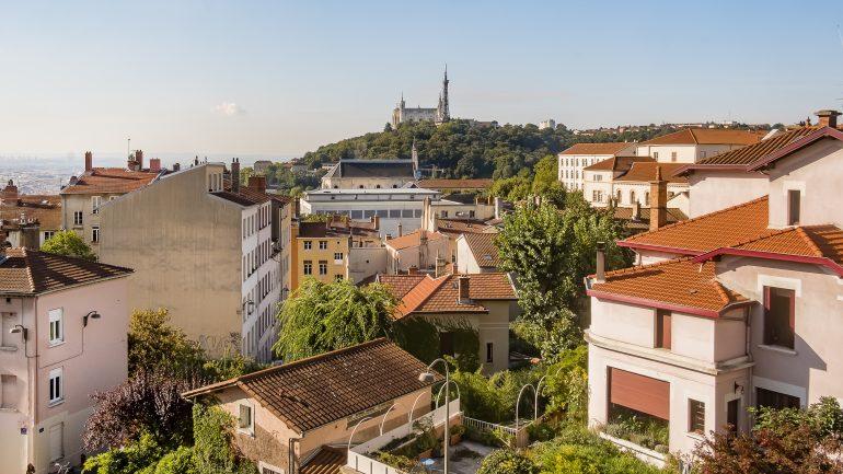 Lyon Le Pic De Pollution Saggrave Fin De Semaine Difficile