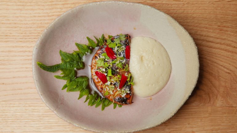 Assiette végétale chez Adrien Zelda (Culina Hortus) © Tim Douet