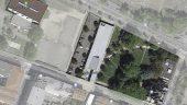Vue aérienne de l'institut (au centre) et du musée Lumière (à droite). A gauche, les terrains de sport où Thierry Frémaux voudrait construire la Cité du cinéma [à partir d'une capture d'écran Google Map]