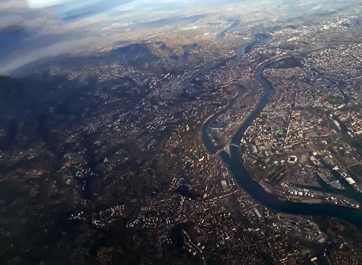 Près de Lyon : l'explosion était un tremblement de terre