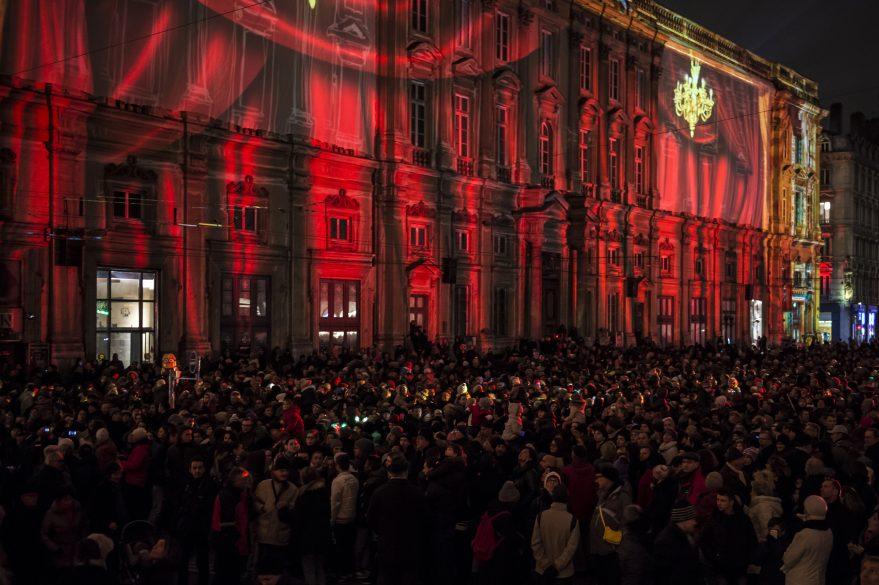 Lyon : Manifestation contre la Fête des lumières