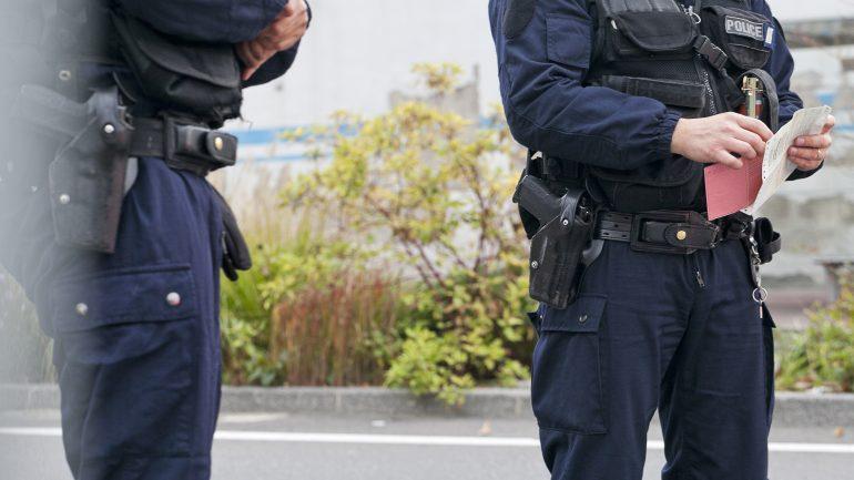 Douane Opération de Police à Décines © Tim Douet