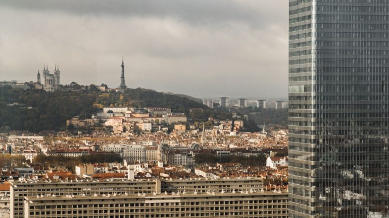 hotel-dieu Fourvière météo ciel bleu Tour oxygène éco