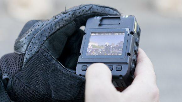 Caméra-piéton – police municipale de Rillieux © Tim Douet