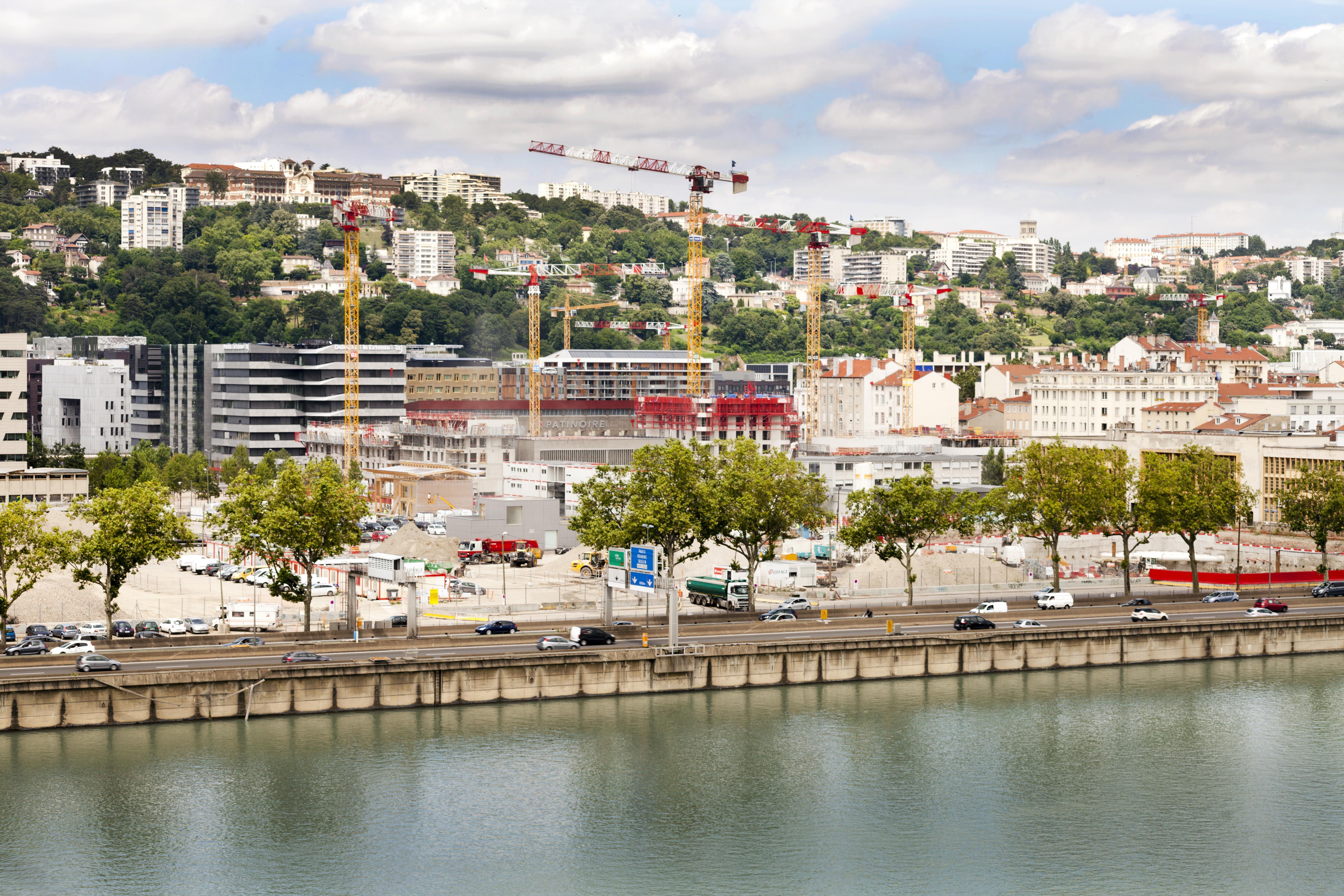 Combien de m² peut-on louer à Lyon pour 723 euros par mois ?