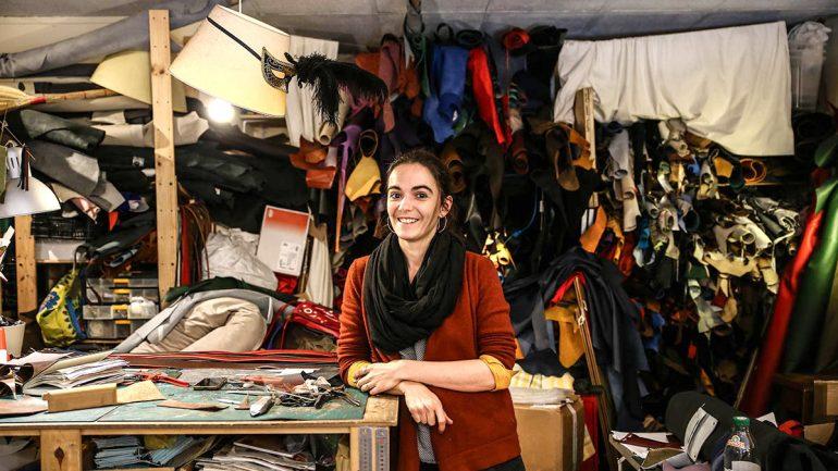 Auriane Villemey dans son atelier de la rue Leynaud (Lyon1er) © Antoine Merlet