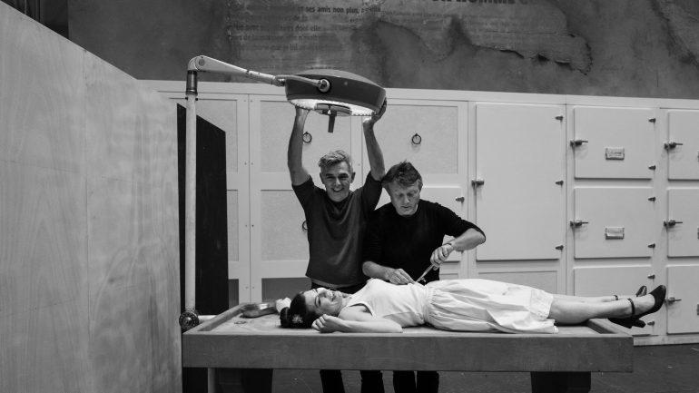 Barbe-Bleue, opéra d'Offenbach – Mise en scène Laurent Pelly (à gauche sur cette photo de répétition) © Rémi Blasquez