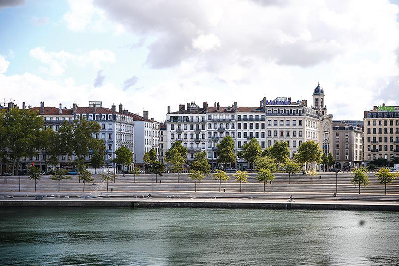 Lyon : pourquoi la terre a tremblé à Lyon ce lundi midi ?