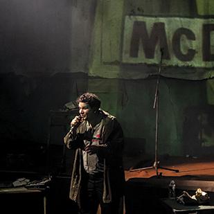 La Fin de l'homme rouge – Mise en scène Emmanuel Meirieu © Nicolas Martinez