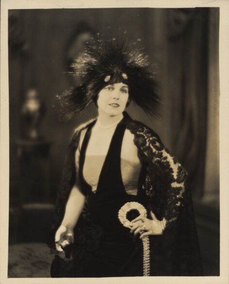 "Edna Purviance dans ""A Woman of Paris"" de Charles Chaplin (1923) © Roy Export"
