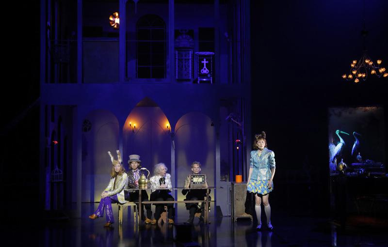 Lewis versus Alice, d'après Lewis Carroll – mise en scène Macha Makeïeff © Pascal Victor / ArtComPress